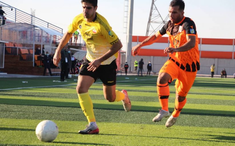 مس رفسنجان در بازی جنجالی در خانه از اصفهانیها شکست خورد