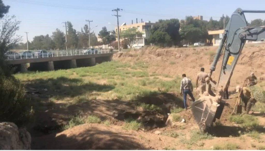 آغاز اجرای عملیات پروژه صد چشمه در رفسنجان