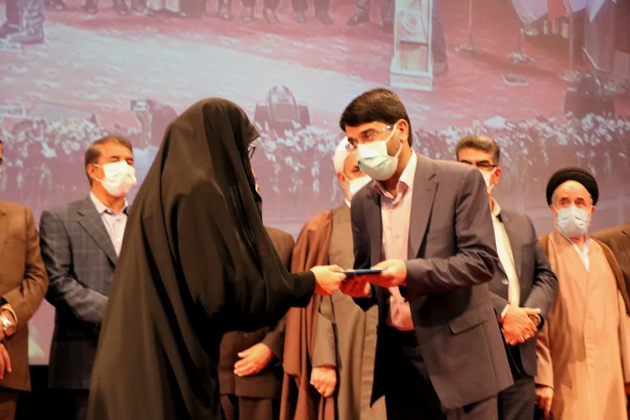 شهردار رفسنجان با شعارهای اقتصادی بر صندلی شهرداری تکیه زد